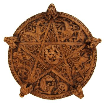 Large knotwork Pentacle