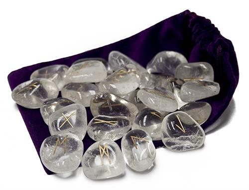 Rune in cristallo di rocca (quarzo ialino)